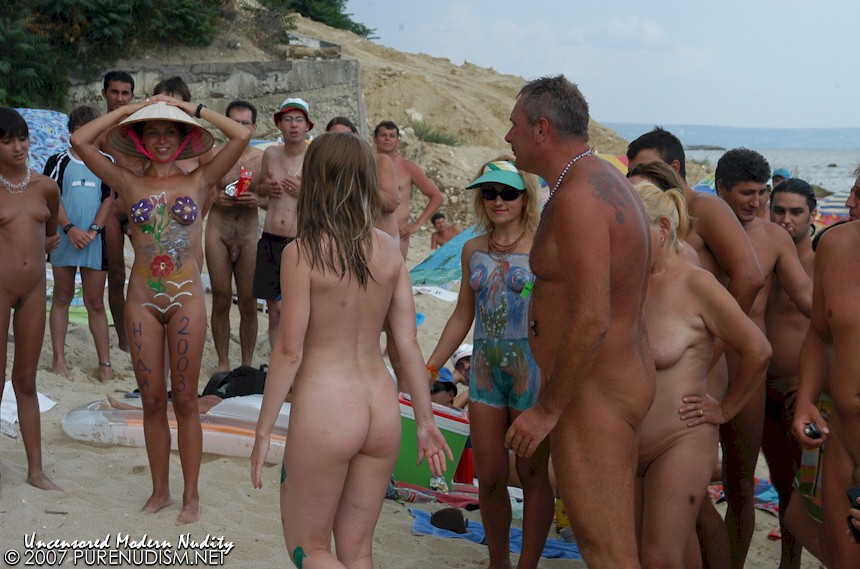 petit young nudist
